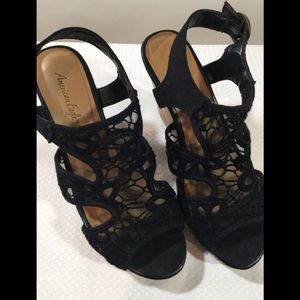 American Eagle black lace wedge size 6.5